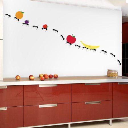 adisivos de parede para cozinha 450x450 Conheça os Adesivos decorativos de parede mais legais, 2 Tutoriais para colar os adesivos