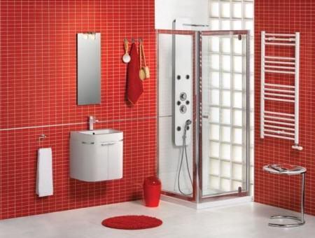 banheiro com pastilha vermelha 450x340 Pastilhas para banheiro decorativas ideais revestir as paredes