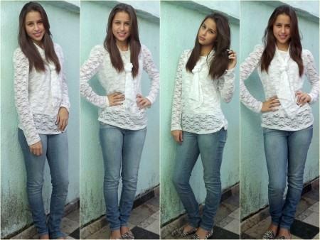 blusinhas de renda com calca jeans 450x338 Lindas Blusas femininas com renda pra usar com calça ou saia, veja looks