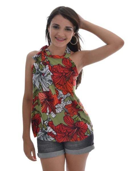 blusinhas estampadas florais 450x600 Blusinhas femininas estampadas: Ombro vazado, manga longa, regatinha, tomara que caia