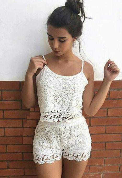 conjunto com retatinha branca de renda As mais perfeitas BLUSINHAS FEMININAS REGATINHAS moda jovem