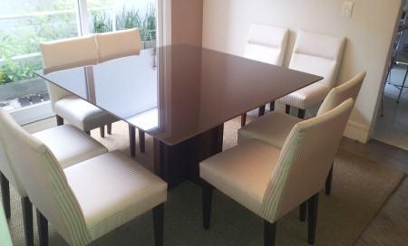 mesa de jantar quadrada em fotos
