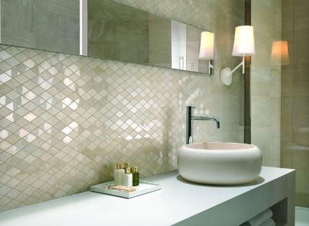 pastilha de vidro espelhada 450x329 Pastilhas para banheiro decorativas ideais revestir as paredes