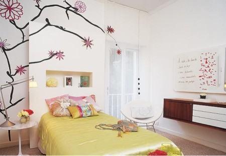 quarto de garota com adesivo decorativo 450x311 Conheça os Adesivos decorativos de parede mais legais, 2 Tutoriais para colar os adesivos