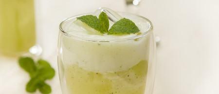 receita para emagrecre com suco abacaxi hortela e verde 450x193 Super saudáveis Três receitas para emagrecer se preparadas para o Jantar
