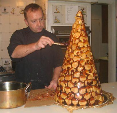 bolo em forma de cone