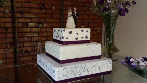 bolo quadrado de 3 andares