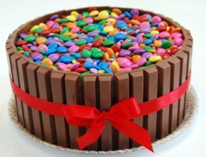 bolos decorados aniversario fotos 410x313 Bolos decorados para aniversários e festas (Infantil ou adulto)