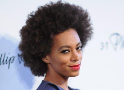 cabelos afro black curtos