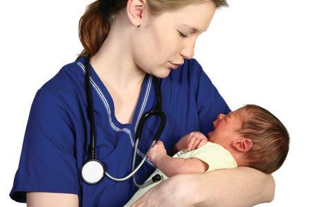 Os Exames de rotina para recém-nascido que devem ser feitos