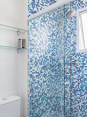 fotos pastilhas azuis no banheiro