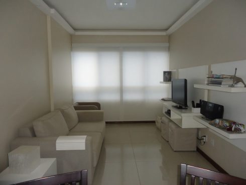 imagem 25 1 490x368 CORTINAS DE ENROLAR PARA SALA as famosas cortinas Rolô