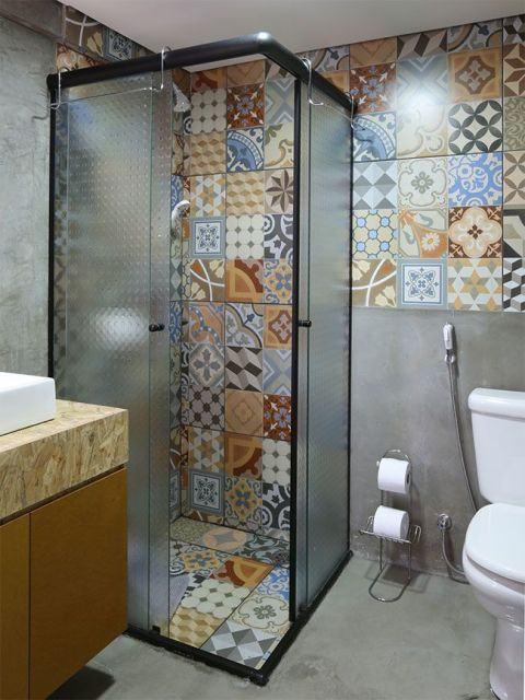 ladrilho-hidraulico-no-banheiro