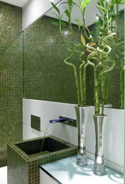 fonte: http://noticias.bol.uol.com.br/fotos/entretenimento/2013/10/31/banheiros-sugestoes-para-decoracao-tendo-muito-ou-pouco-espaco.htm#fotoNavId=pr11834612