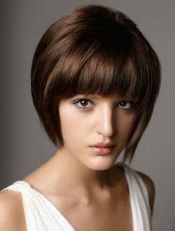 cortes de cabelo curtos chanel com franja na testa