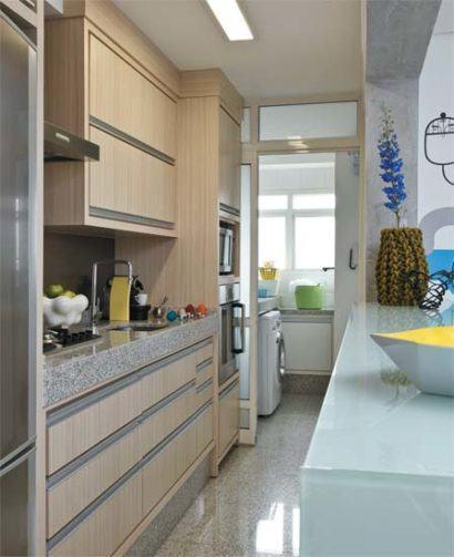 cozinha para apartamento pequeno com lavanderia 410x503 Apartamentos pequenos decorados, A sala, A cozinha e Quarto