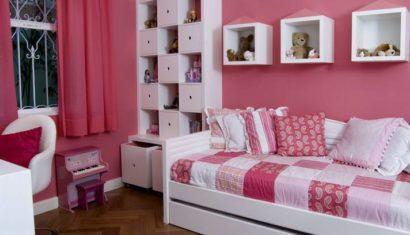 nichos em quarto de minina 410x235 NICHOS PARA QUARTO DE SOLTEIRO para decoração : Ela e ele
