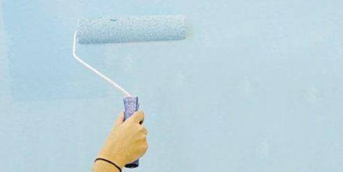 como pintar uma parede com rolo
