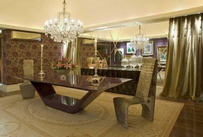mesa de jantar grande e chique