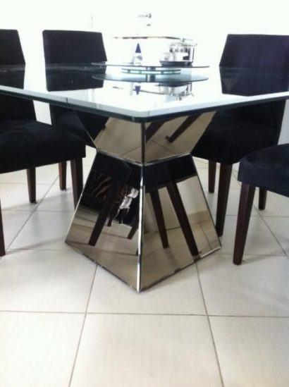 mesa de jantar moderna em vidro com base espelhada