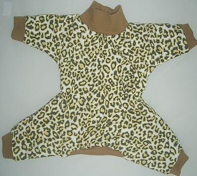 molde de pijama de moletom modelo macaquinho