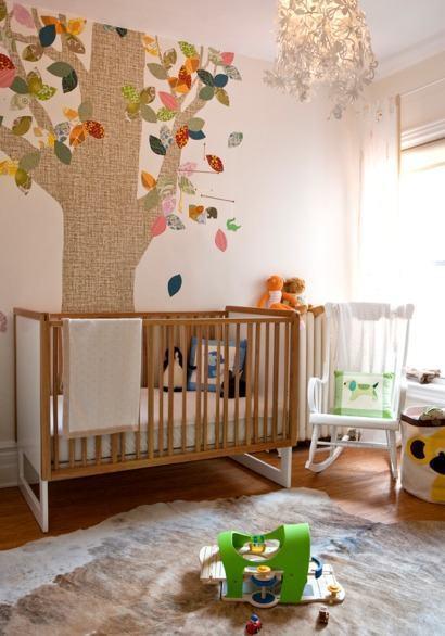 quartos de bebês criativos com papel de parede de tecido