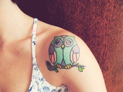 tatuagem coruja feminina 410x308 Especial TATTOOs FEMININAS LEGAIS desenhos lindos