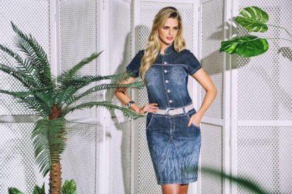 vestido jeans com bolso evangelico 410x273 Vestidos jeans evangélicos belos e perfeitos