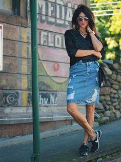 imagem 25 1 Como usar Saia jeans com tênis looks lindos modernos e descolados