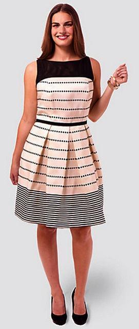 imagem 29 Vestidos evangélicos modelos tubinho e muito mais