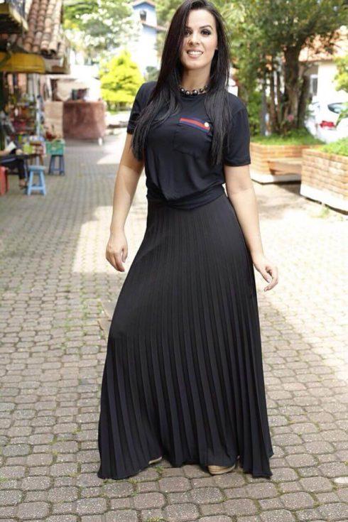 imagem 6 1 490x735 Saias rodadas evangélicas moda para mulheres cristãs