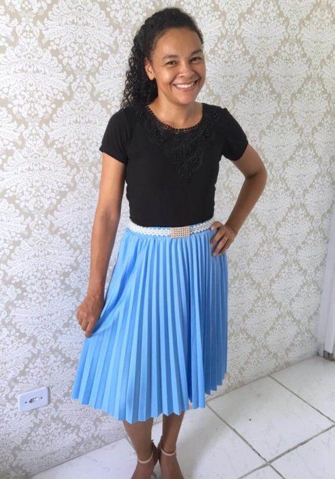 saias plissadas evangelicas 1 490x700 Saias rodadas evangélicas moda para mulheres cristãs