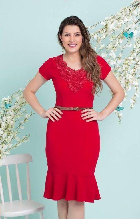 vestido evangelico vermelho com bordado 490x767 Vestidos evangélicos modelos tubinho e muito mais