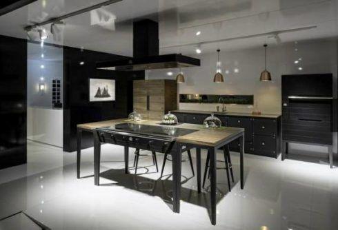 cozinha com ilha planejada 490x334 COZINHA COM ILHA NO MEIO : 30 ideias para ter a cozinha perfeita