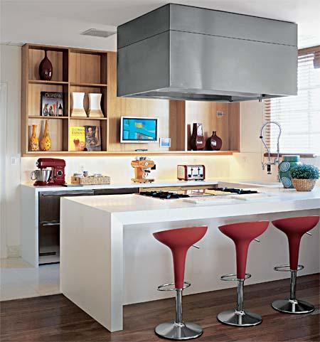 imagem 15 COZINHA COM ILHA NO MEIO : 30 ideias para ter a cozinha perfeita