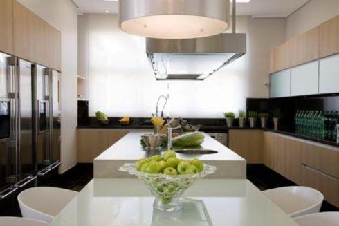 imagem 22 490x327 COZINHA COM ILHA NO MEIO : 30 ideias para ter a cozinha perfeita
