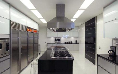 imagem 24 490x307 COZINHA COM ILHA NO MEIO : 30 ideias para ter a cozinha perfeita