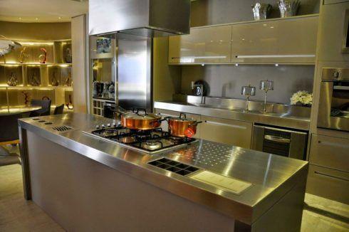 imagem 26 490x326 COZINHA COM ILHA NO MEIO : 30 ideias para ter a cozinha perfeita