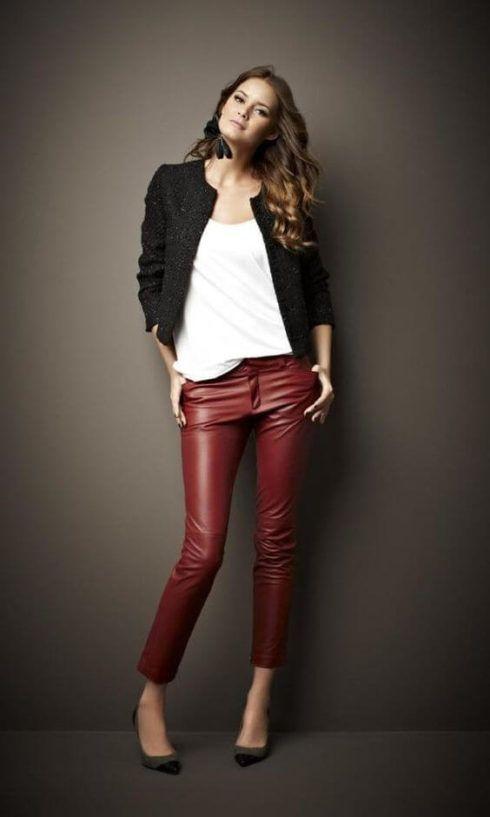 calcas de couro femininas 7 490x817 Como Usar CALÇA DE COURO em diversos looks
