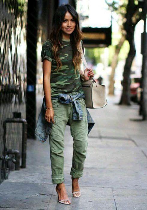 imagem 18 10 490x699 Blusinha e camisa CAMUFLADA feminina siga a tendência