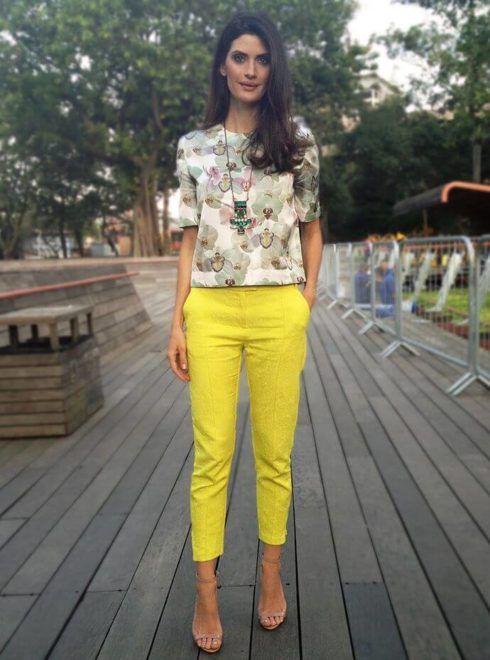 imagem 23 490x660 Moda Estilo CASUAL Feminino com Calça, vestido, shorts, saia e calçados
