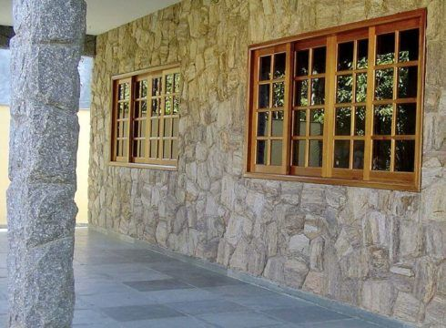 pedras para revestimentos de paredes 8 490x360 Pedras para REVESTIMENTOS de paredes, veja os estilos