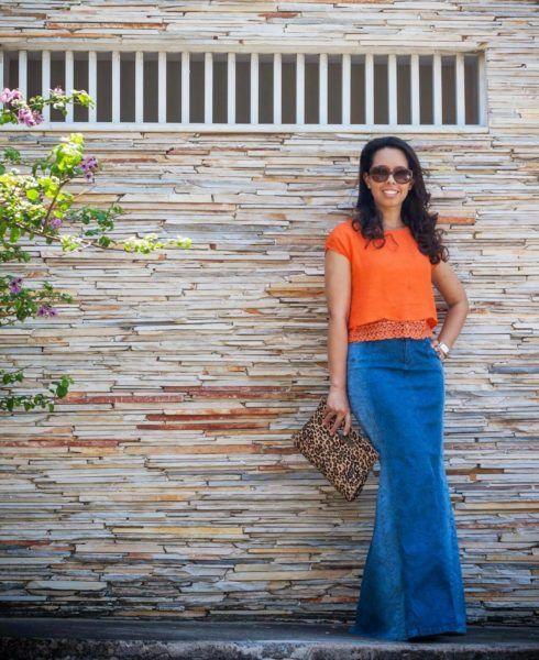 saia jeans longa 490x600 SAIAS longas da Moda : Conheça os modelos atuais