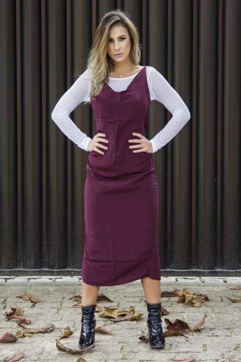 vestido longo com bota 10 490x735 Como usar Vestido com BOTA: cano curto ou longo