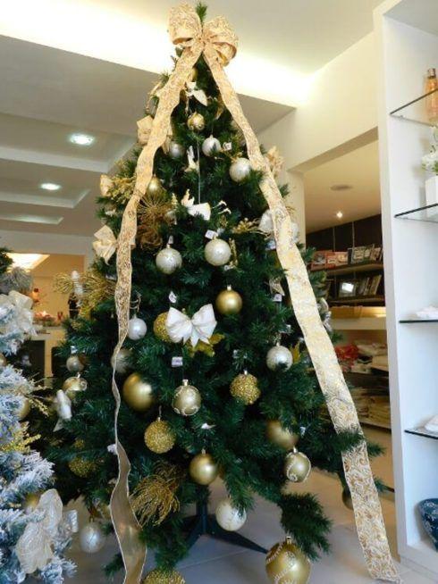 arvores de natal com lacos 2 490x654 Arvores de NATAL decoradas para o seu lar