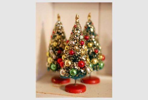 arvores de natal pequenas 1 490x332 Arvores de NATAL decoradas para o seu lar