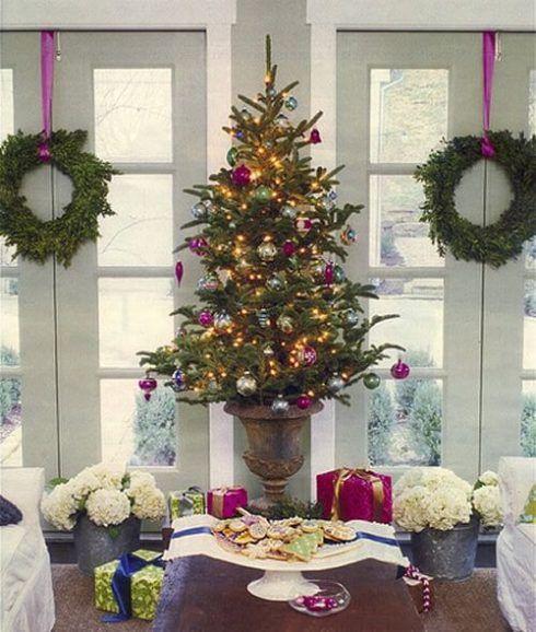 arvores de natal pequenas 4 490x578 Arvores de NATAL decoradas para o seu lar