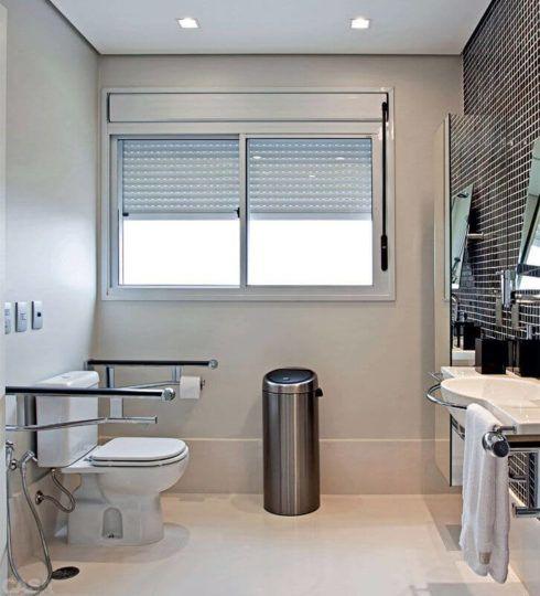 banheiro para cadeirante 1 490x540 BANHEIRO SIMPLES acabamentos que deixam o banheiro moderno