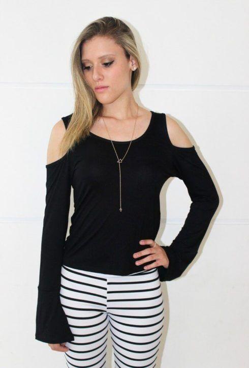 blusa ombro vazado manga longa 1 490x723 BLUSA OMBRO VAZADO modelos para usar e ficar linda
