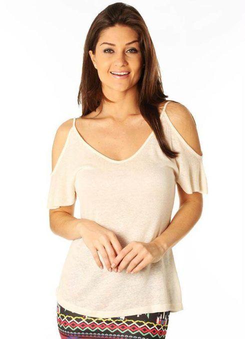 blusas femininas ombro vazado 2 490x678 Modelos de BLUSAS femininas que estão na moda